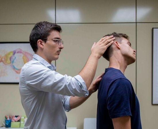 Examen fisico quiropráctico